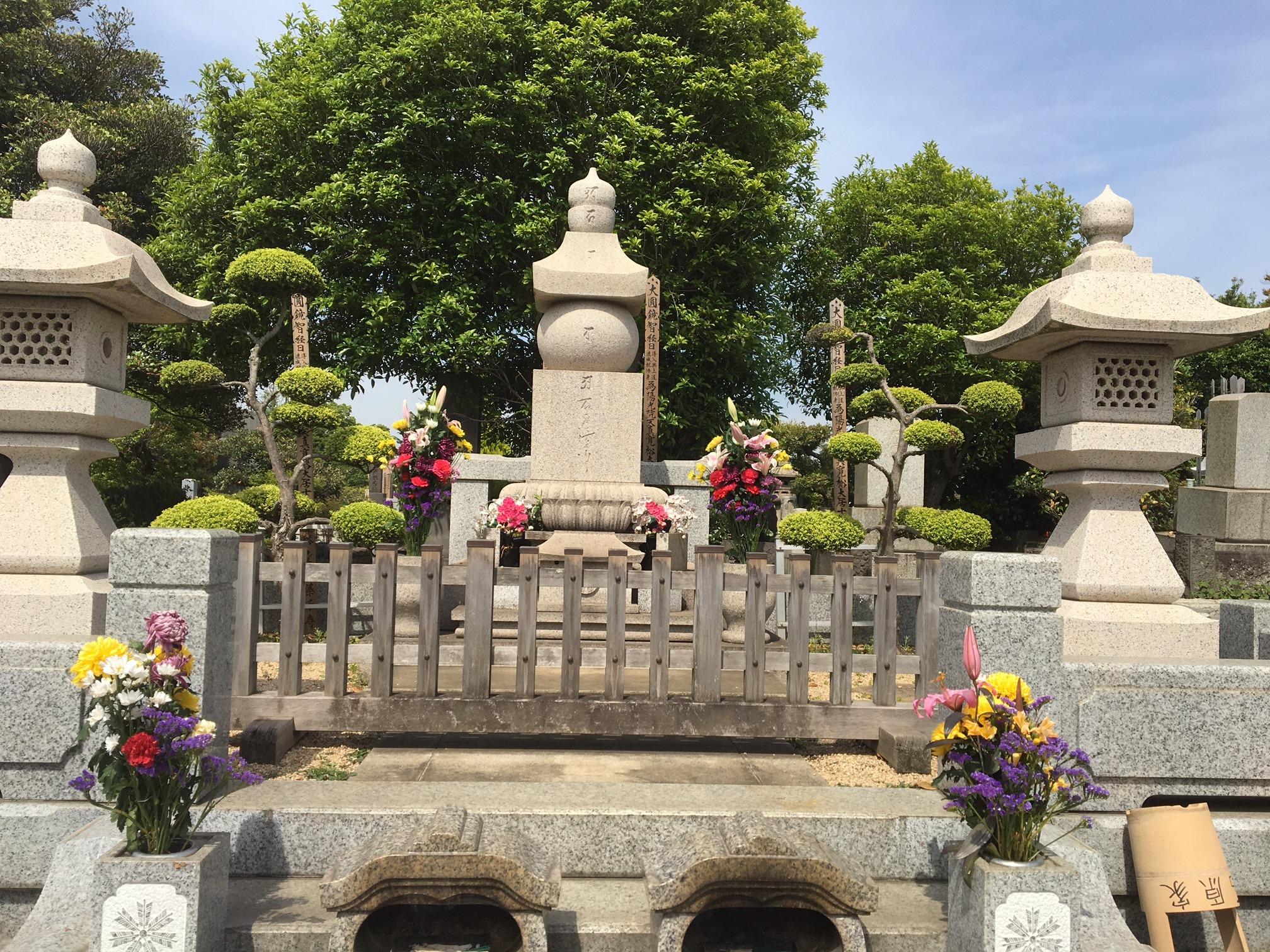 昭和の大スター石原裕次郎さんのお墓参りに